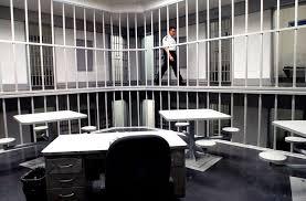 Avoid the Pinellas Jail